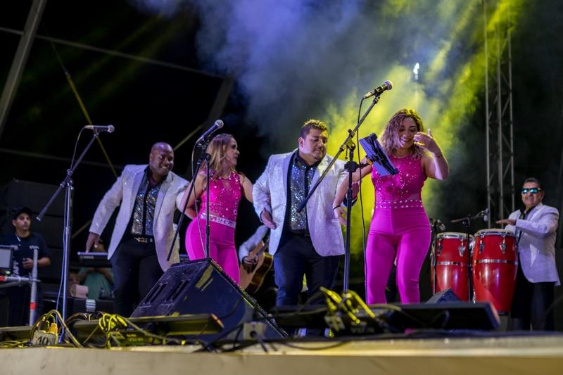 Mercado Libre celebra su 20 aniversario rompiendo una marca de Guinness World Records - sonora_dinamita_mercado-libre-800x533