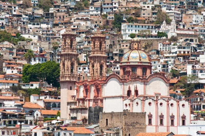 Los 4 pueblos mágicos de México más patrios - taxco-800x531