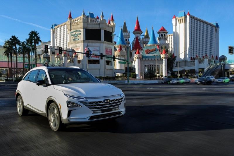 Hyundai apuesta por una movilidad más sustentable, impulsada por el hidrógeno - hyundai-nexo
