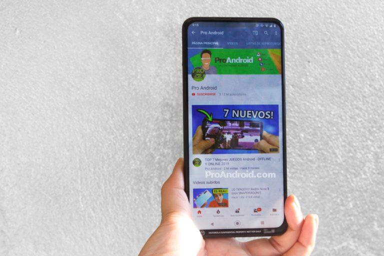 Este próximo teléfono de Motorola tiene pantalla completa y cámara frontal retráctil - motorola-one-proandroid