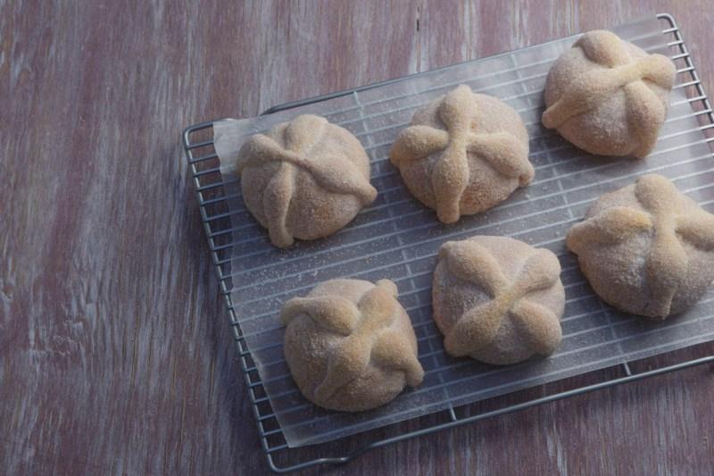 Toks presenta originales variedades de Pan de Muerto - pan-de-muerto-toks_7