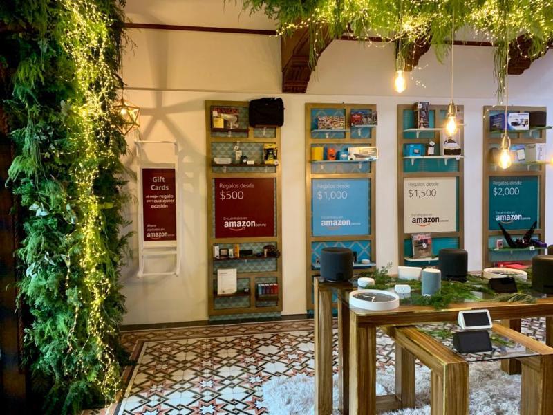 Amazon Holiday House abre sus puertas en CDMX con motivo del Buen Fin - amazon-holiday-house_regalos