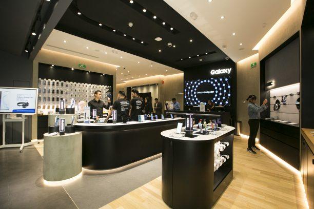 Samsung cierra el año con 27 tiendas Samsung en México - samsung-store-mexico