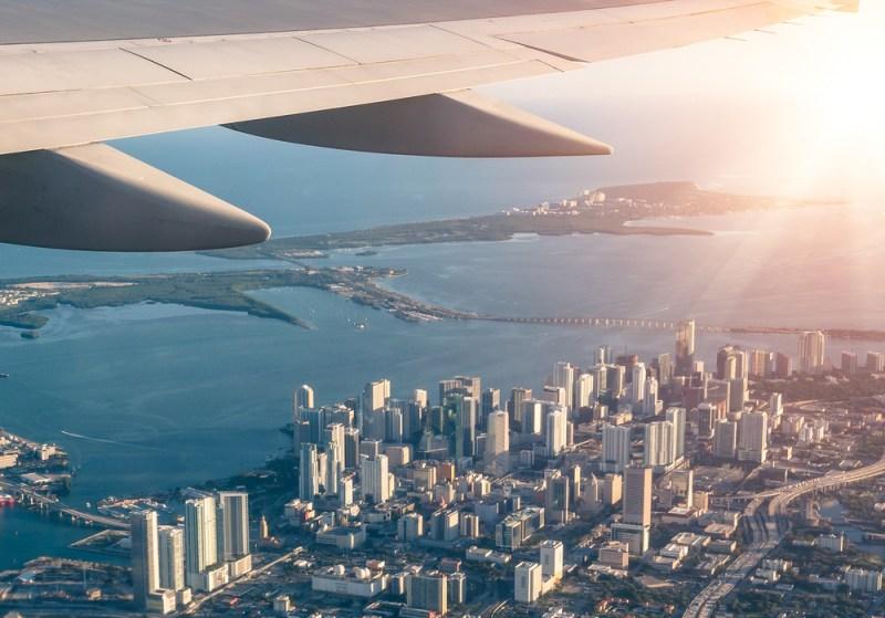 ¿Cuánto cuesta viajar a Miami la sede del Super Bowl 2020? - miami-800x559