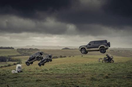 Nuevo Land Rover Defender, realiza todas sus acrobacias en la nueva película del 007
