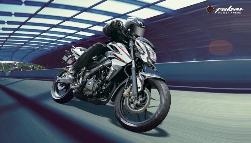 Recomendaciones si tienes que salir con tu moto durante la cuarentena - motocicleta-bajaj-800x455