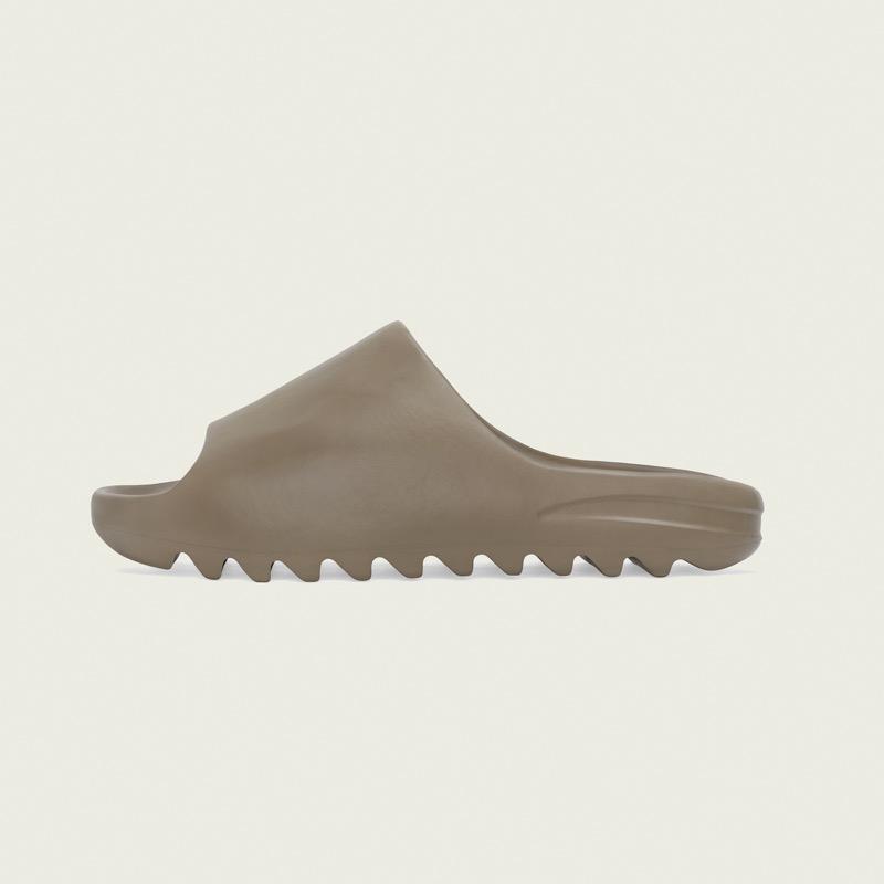 adidas + KANYE WEST anuncian el lanzamiento de YEEZY SLIDE Earth Brown y YEEZY SLIDE Resin - adidas_kanye_west_fv8425_lscl_adiapp