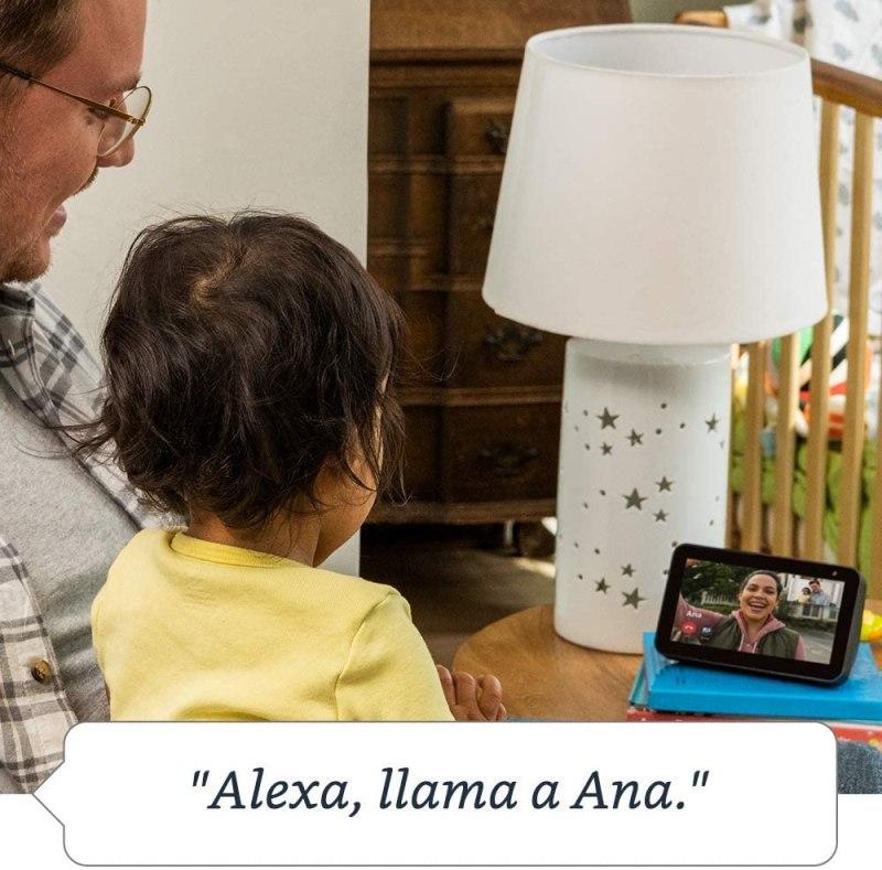 Cómo Alexa te ayuda para el entretenimiento y las actividades en casa - amazon-alexa-echo-lifestyle