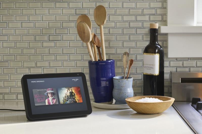 Cómo Alexa te ayuda para el entretenimiento y las actividades en casa - echo-show-kitchen