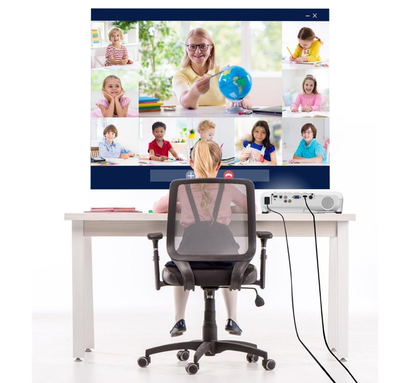 Beneficios de implementar tecnología de videoproyección en casa - videoproyeccion-aprende_en_casa-800x747
