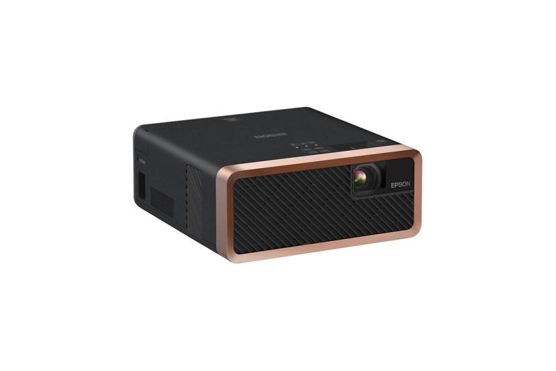 Beneficios de implementar tecnología de videoproyección en casa - videoproyector_ef-100b-800x534