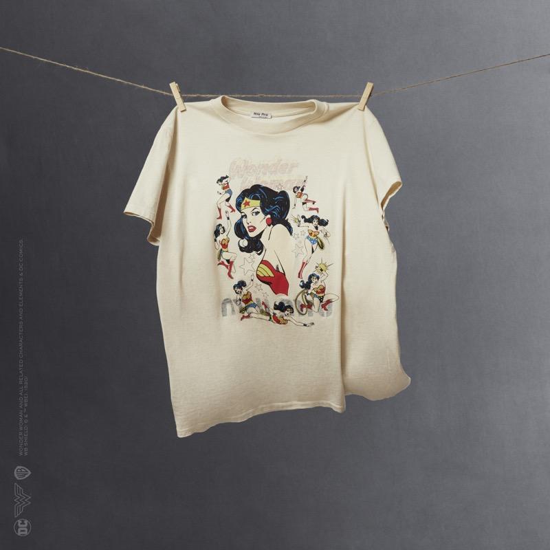 Miu Miu Wonder Woman: colección cápsula de playeras - miumiu_wonder-woman-tshirts-capsule-collection_04