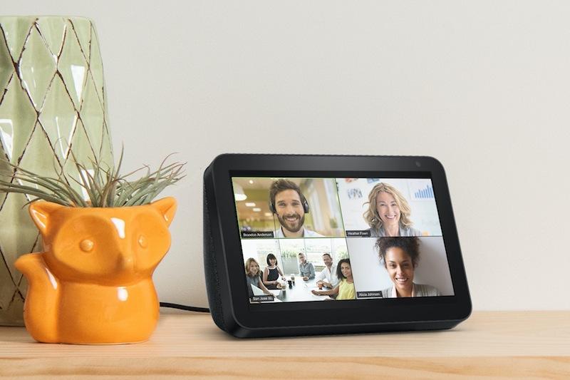 """""""Zoom for Home"""" se extiende a las pantallas inteligentes - amazon-echo-show-8-zoom-800x533"""