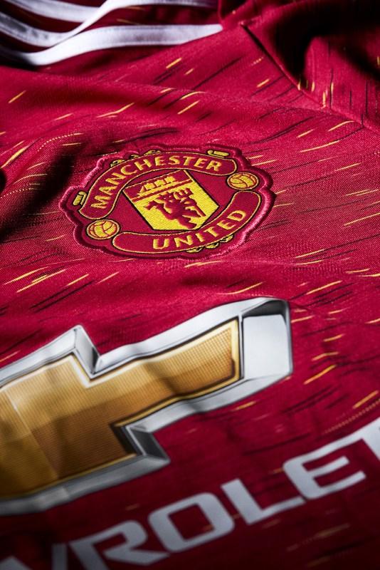 adidas presenta uniformes de clubes internacional para la temporada 2020/21 - jersey_manchester-united-2021-home-jersey-9