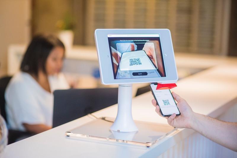 4 maneras en que los negocios físicos pueden reinventarse en digital - negocio-digital-800x534