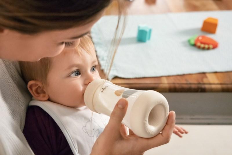 """Llega """"PERFECT5"""" el biberón anticólicos e intuitivo ideal para el bebé - perfect-5-800x533"""