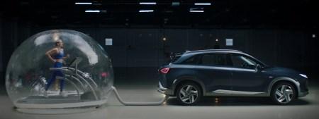 ¿Un coche que purifica el aire al andar? Hyundai lo hace posible con NEXO