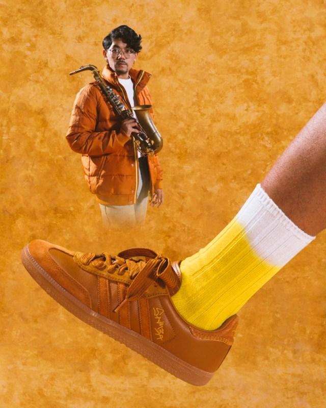 adidas Originals y Jonah Hill presentan el segundo drop de su colaboración - adidas_originals_jonah_hill_jh_x_samba_ochre_footwear-640x800
