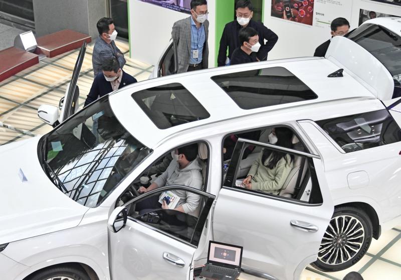 Hyundai acoge el Open Innovation Lounge 2020 y presenta tecnologías innovadoras de startups - hyundai_open_innovation_lounge_1