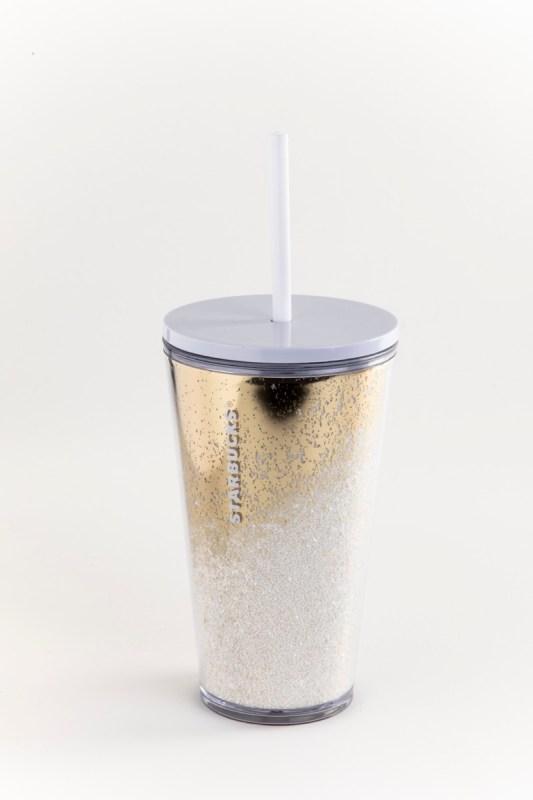 Starbucks tiene opciones perfectas para regalar en esta época - starbucks_vaso-dorado-con-blanco
