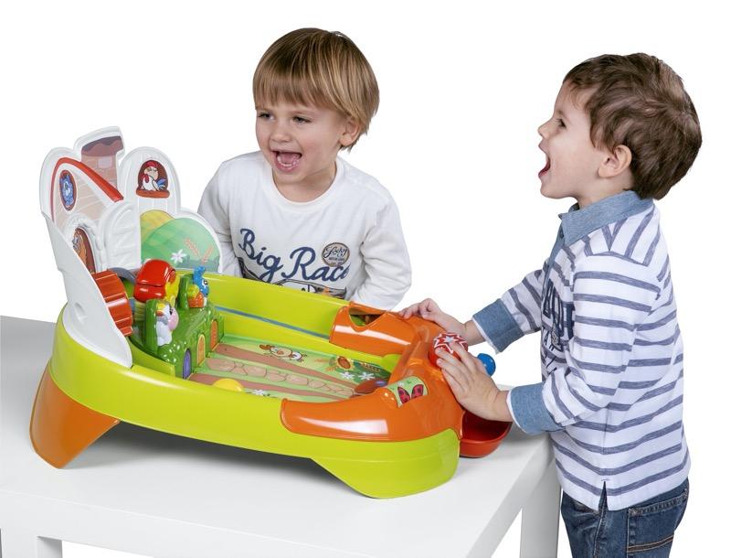 Beneficios de los juguetes en el desarrollo cognitivo de los bebés - farm-pinball-2-1