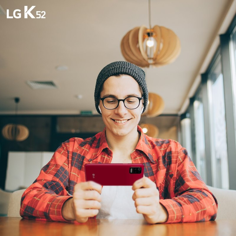 Haz de tu primer smartphone una experiencia única, te decimos como lograrlo - lg-k52-smartphone-800x800
