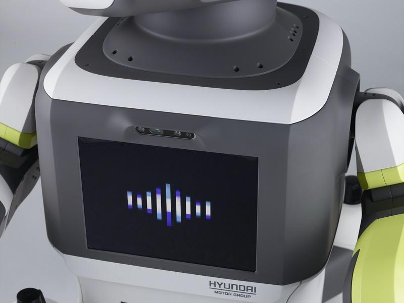 """Hyundai presenta el robot humanoide avanzado """"DAL-e"""" para servicios automatizados al cliente - hyundai-robot-dal-e"""