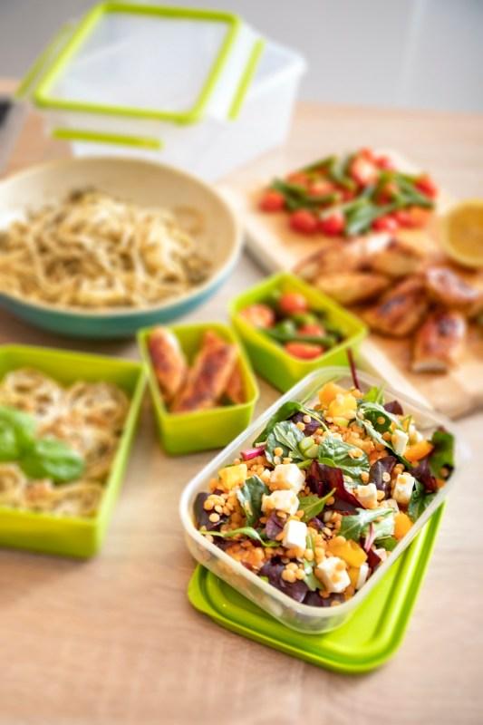 ¿Cómo evitar el uso de plásticos desechables para transportar y guardar tus alimentos? - master-seal-to-go-t-fal-2-533x800
