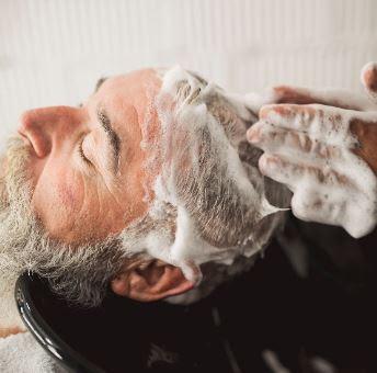 Mucha presencia de espuma en un shampoo, es indicador de sulfatos ¡cuidado! - mucha_espuma_sulfatos_1