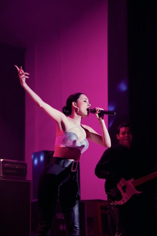 """Selena: La serie"" parte dos, se estrena el 14 de mayo - netflix-la-serie-selena-533x800"