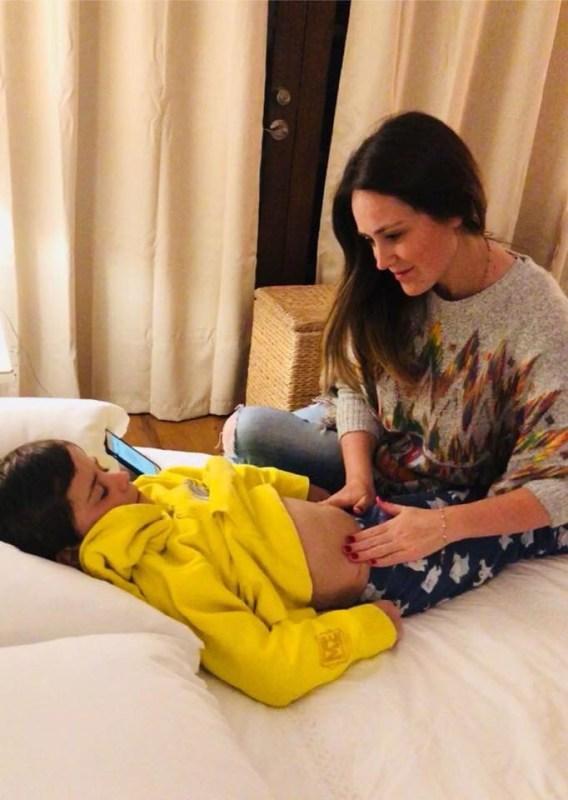 Storybook: app que logra que la hora de dormir de los niños deje de ser una pesadilla - storybook-dani-masaje-568x800