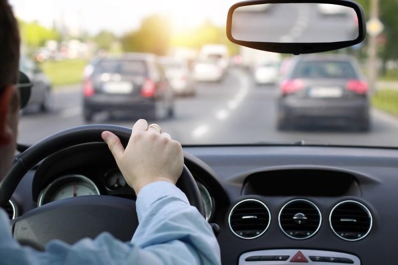 Todo lo que tienes que saber para renovar tu licencia de conducir en 2021 - tramites-licencias-conducir-2021-800x534