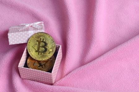 Top 3 de regalos que puedes comprar con criptomonedas este San Valentín