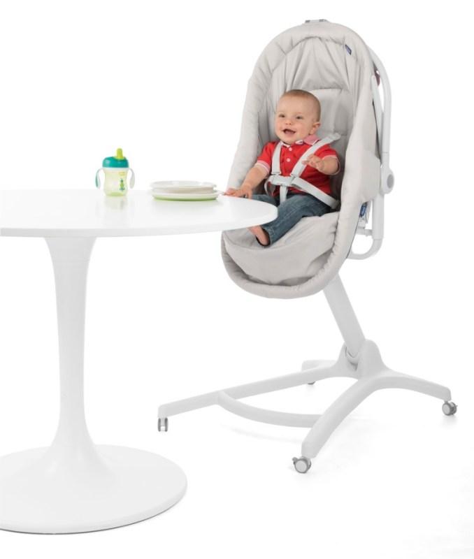 Baby hug 4 en 1 de Chicco, que se convierte en moisés, hamaca, trona y primera silla - baby-hug-4en1-chicco-bebe-678x800