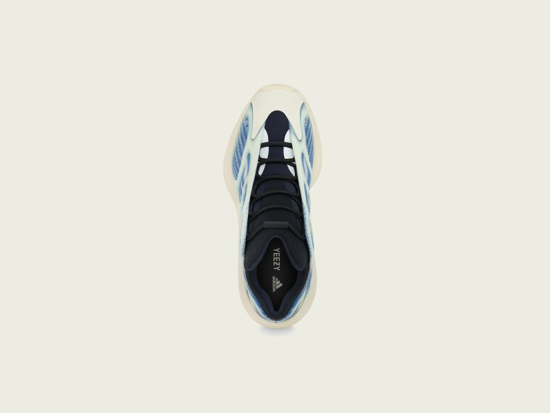 adidas + KANYE WEST lanzan YEEZY 700 V3 Kyanite - yeezy-700-v3-kyanite-adidas-top-800x601