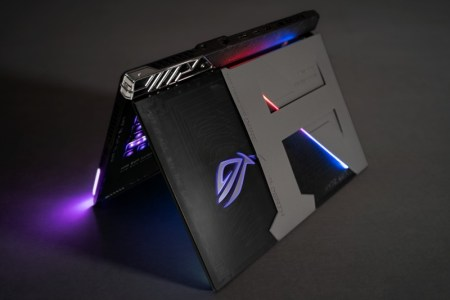 ASUS Republic of Gamers crea laptop gamer para el skater profesional Nyjah Huston