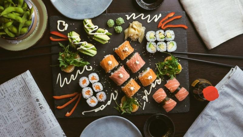 5 ingredientes que puedes comprar desde casa para preparar tu sushi