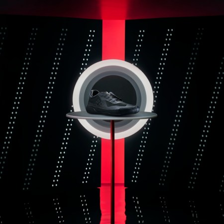 adidas y Prada lanzan dos nuevos colorways en el A + P LUNA ROSSA 21