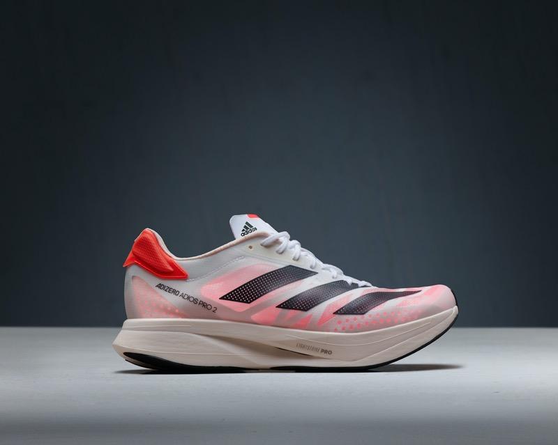 ADIZERO ADIOS PRO 2, la última versión del calzado de running de adidas que ha batido récords