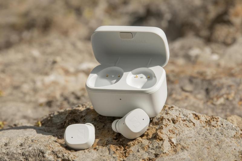 Sennheiser presenta el nuevo CX True Wireless ¡conoce sus características! - audifonos-cx-true-wireless-white-4-800x533