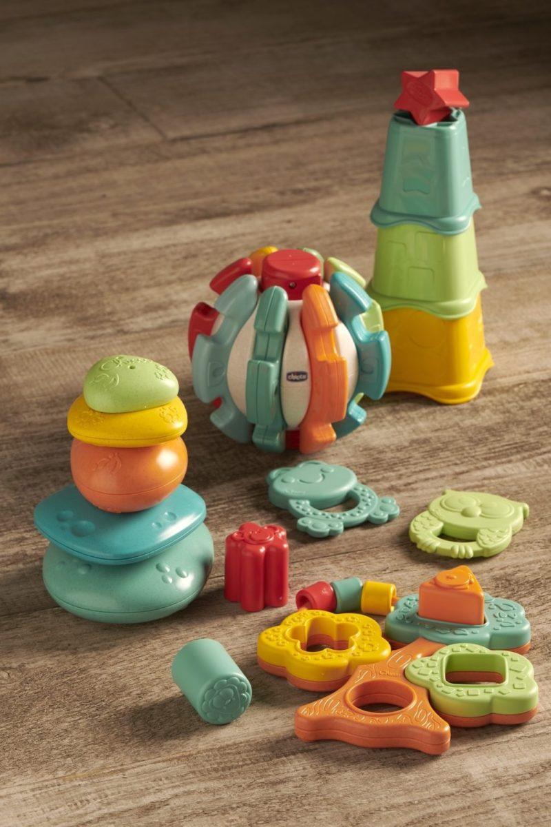 Chicco lanza la línea ECO+, juguetes de plástico reciclado y plástico orgánico