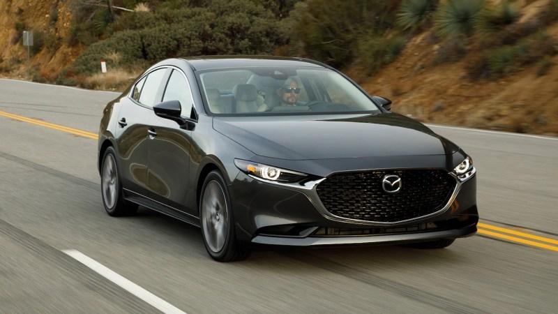 5 autos hechos en México que puedes encontrar en el mercado de seminuevos - Mazda_3_Sedan--1280x720