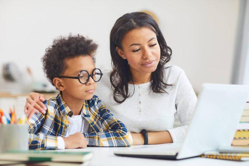 Guía para padres y estudiantes sobre el uso de Zoom en este regreso a clases digital