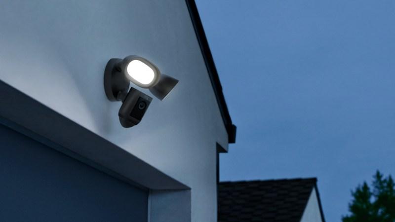 Video Doorbell 4, Video Doorbell Wired y Floodlight Cam Wired Pro:  nuevos dispositivos Ring llegan a México - floodlight-cam-wired-pro-ring