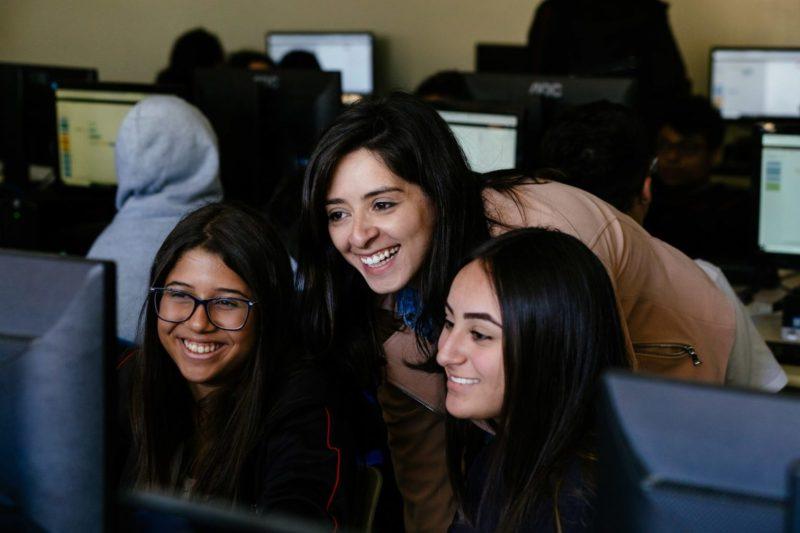 Cursos online gratuitos de IBM en colaboración con Adobe: Introducción a los principios básicos del diseño