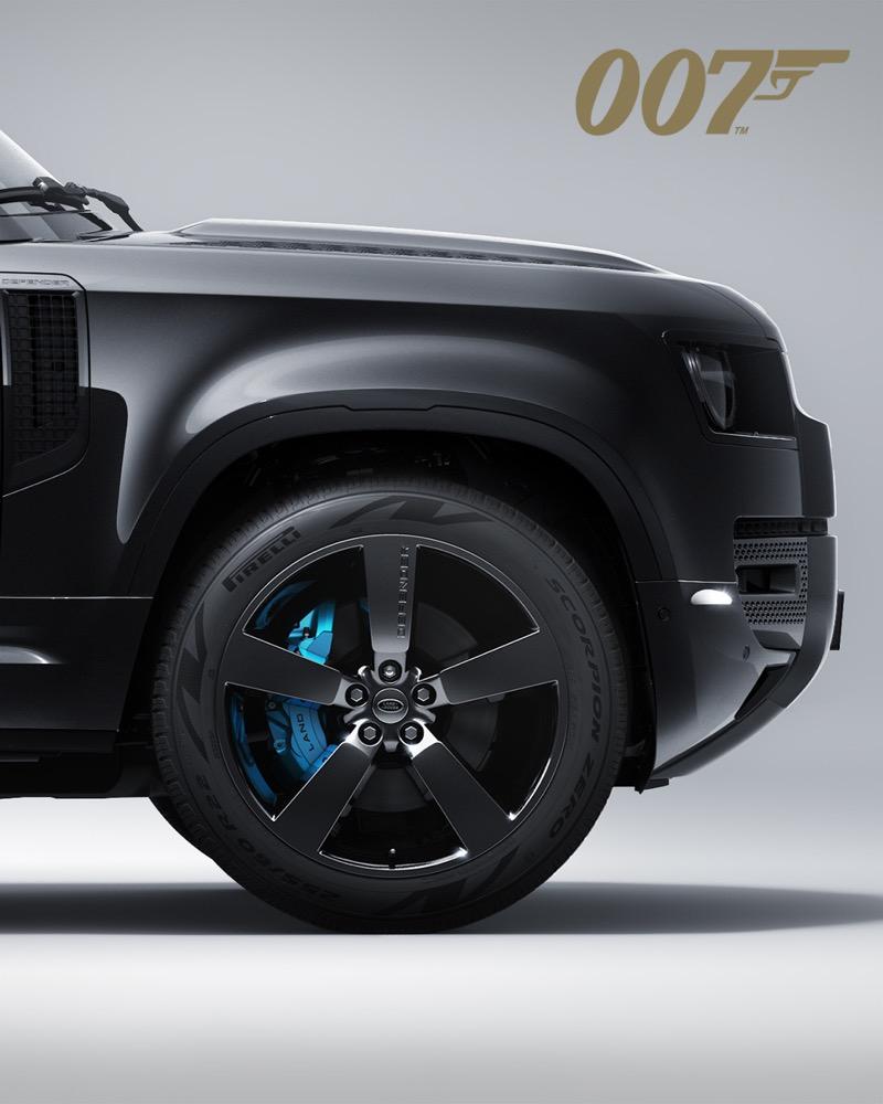 Defender 110 V8 Bond Edition versión exclusiva basada en la película de James Bond llegará a México - land-rover-defender-v8-james-bond-2-1