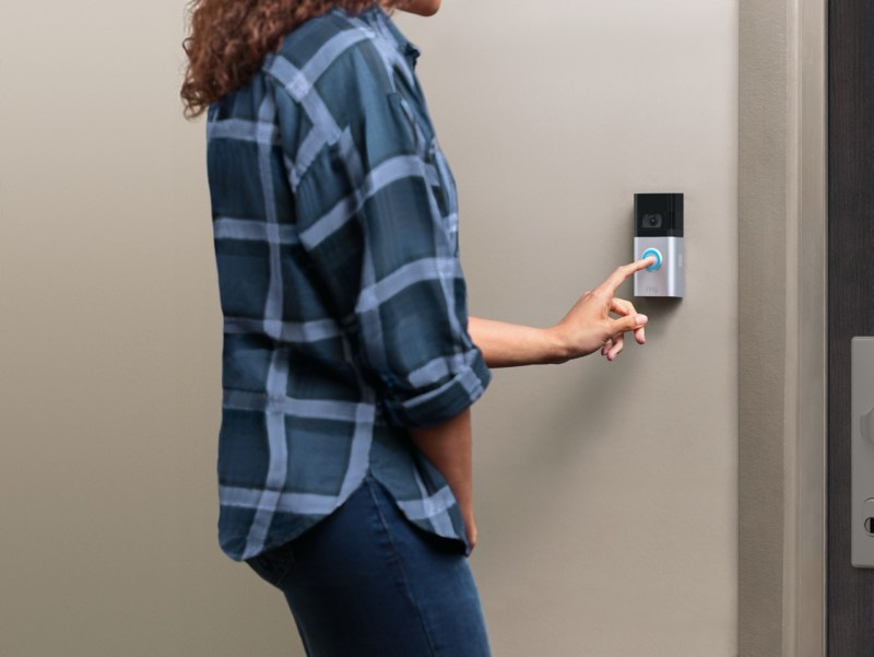 Video Doorbell 4, Video Doorbell Wired y Floodlight Cam Wired Pro:  nuevos dispositivos Ring llegan a México - ring-video-doorbell-4-lifestyle