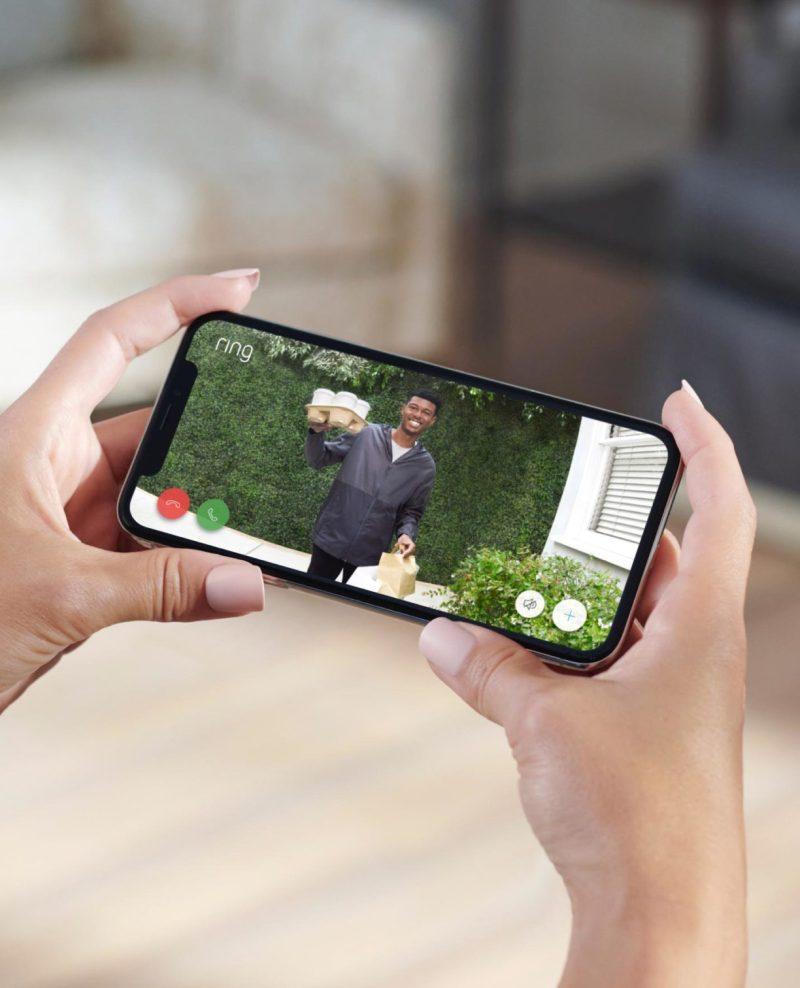 Video Doorbell 4, Video Doorbell Wired y Floodlight Cam Wired Pro:  nuevos dispositivos Ring llegan a México - ring-video-doorbell-wired-lifestyle-5-1036x1280