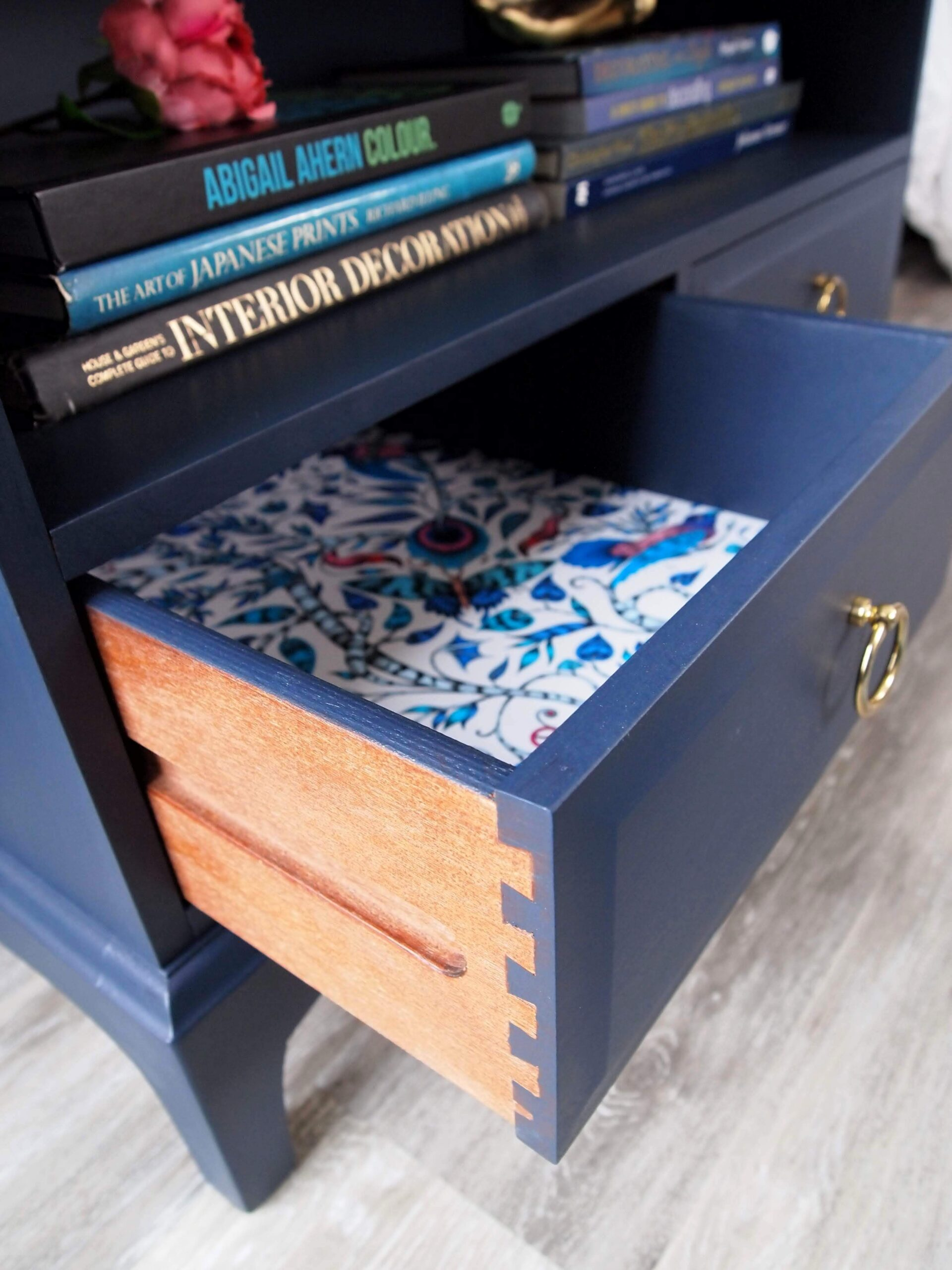 Monarch drawer view (side)