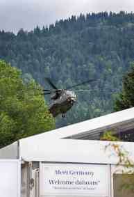 Welcome Dahoam ein Hubschrauber landet